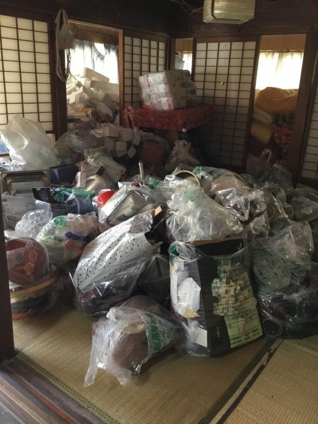 【一関市弥栄】トラック3台分の大量の不用品回収☆料金やサービス内容で当社をお選びくださいました!
